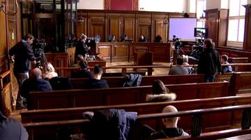 Proces Kaczyński-Wałęsa. Sąd wezwał obu polityków do obowiązkowego stawienia się