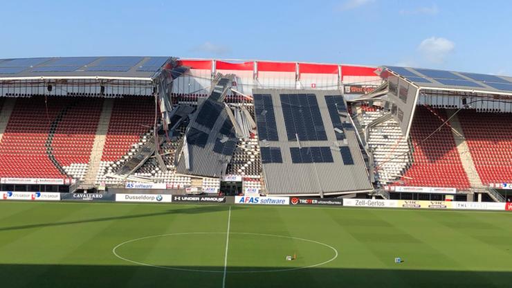 Zawalił się dach na stadionie AZ Alkmaar