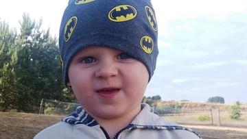 Rodzina 3-letniego Mateusza zginęła w pożarze. Dotkliwie poparzony chłopiec potrzebuje pomocy