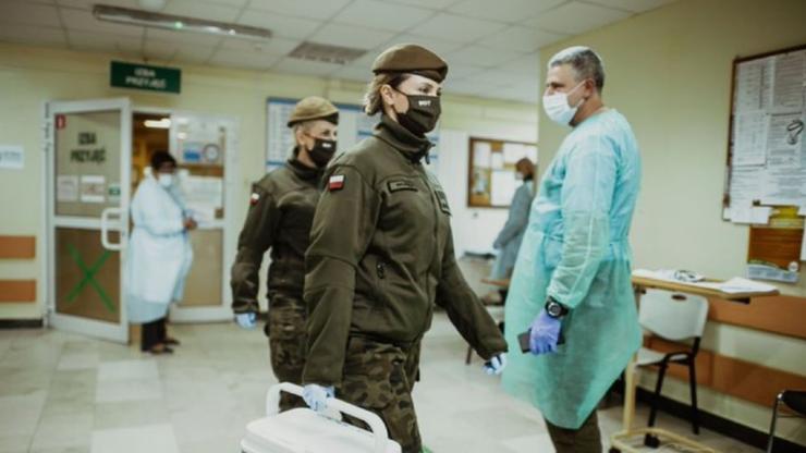 Koronawirus w wojsku. Ilu żołnierzy jest zakażonych?