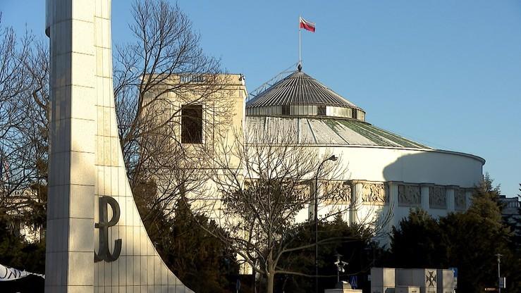 Sejm otoczony modlitwą. Inicjatywa Krucjaty Różańcowej na 11 listopada