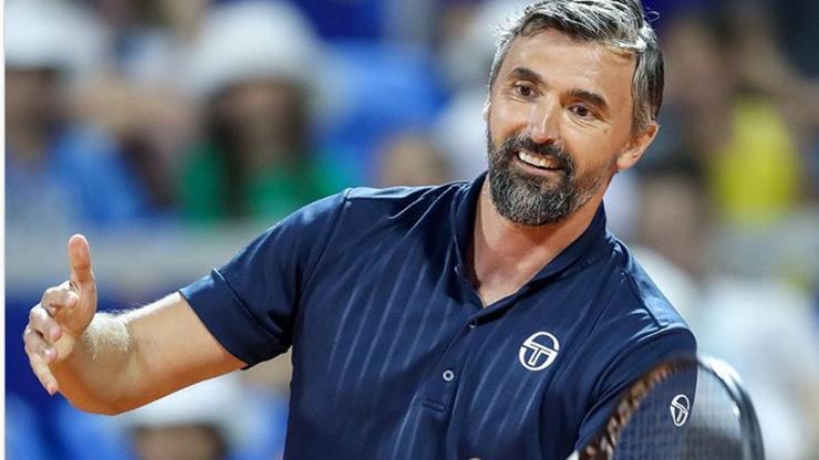 Trener Djokovica także z koronawirusem