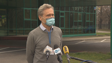 Powołałem komisję, która ma wyjaśnić sprawę - rektor WUM o szczepieniach poza kolejnością